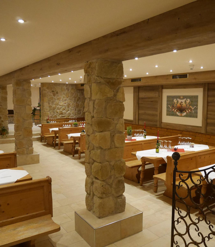 hotel15-700x802